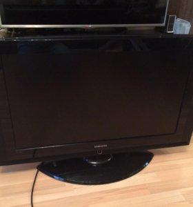 """Телевизор Samsung 37"""""""