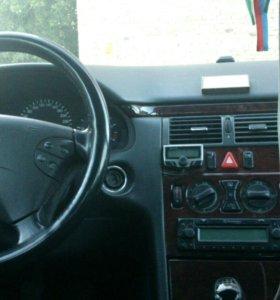 MercedesBenz E 200 CD