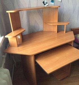 Компьютерный стол ( угловой) , Трюмо