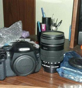 Цифровой зеркальный фотоаппарат Canon EOS 600D kit