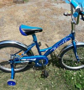 Новый. Велосипед парус.