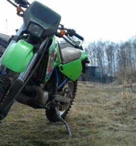Мотоцкл  KAVASAKI KDX 250