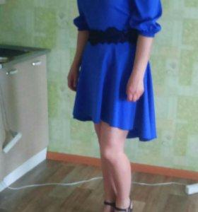 Платье 46, ярко синего цвета, состояние хорошее