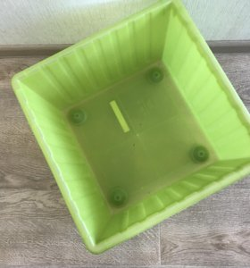 Ящик для хранения на колесиках
