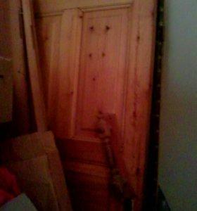 Деревянные двери на дачу