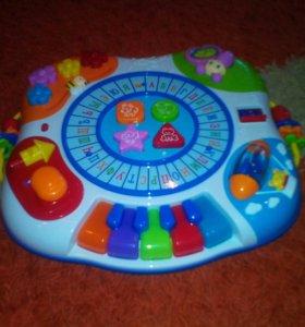 Детский развивающий музыкальный столик