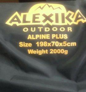 Самонадувающийся коврик Alexika Alpine Plus