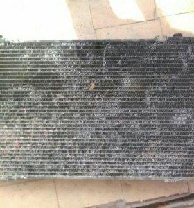 Радиатор ауди 80