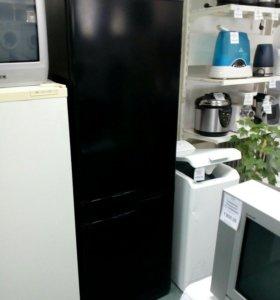 Холодильник Stinol RFNF 345A 008 б/у