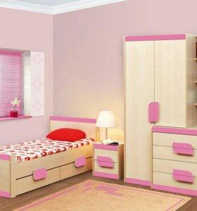 Детская мебель (шкаф, кровать, тумба)