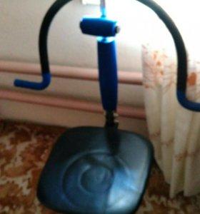 Стул трнажер с усилительной приставкой для рук