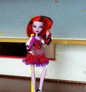 Кукла Монстр Хай, Оперета