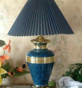 Лампа настольная. Б/у.