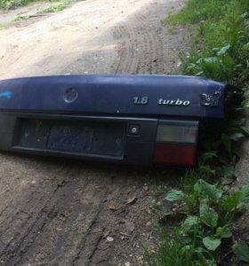 Крышка багажника выборе на фольксваген пассат b3