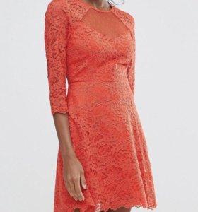 Платье кружевное новое с бирками