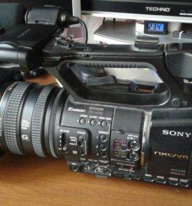 Видеокамера SONY NX5 M