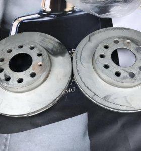 Тормозные диски Skoda, Audi, VW 5Q0615301A