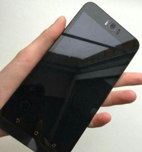 ASUS ZenFone Selfie ZD551KL (32GB), Silver