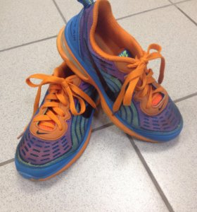 Кроссовки Nike air max 39-тый размер.