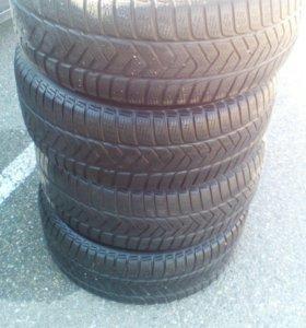 Резина зимняя на 16 Pirelli