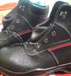 Ботинки, новые, 44,45 размеры.
