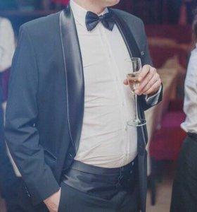 Смокинг, мужской костюм