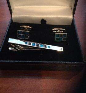 Новый набор запонки и зажим для галстука