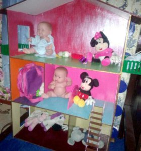 домик для кукол.торг возможен