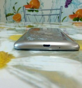 Телефон Lg k7 x210ds