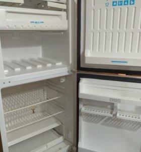 Холодильник Stinol-104