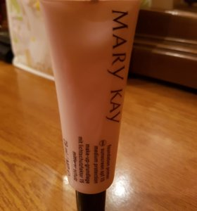 Основа под макияж Mary Kay Foundation Primer SPF15