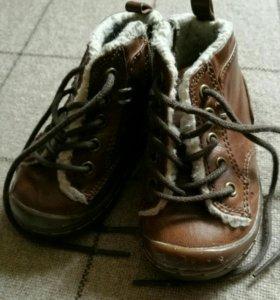 Детские ботинки. 20 размер.