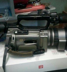 Видеокамера SONY DCR-VX 2100E