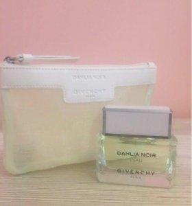 Продаю аромат Givenchy Dahlia noir l'eau