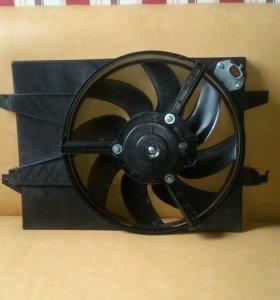 Вентилятор охлаждения радиатора FORD FOCUS