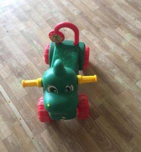 Детская игрушка каталка