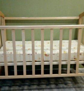 Кровать детская от 0 до 4 + матрас