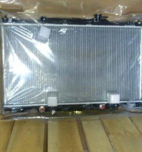 Радиатор Honda Cr-v 01-06