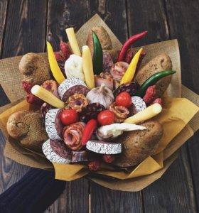Букет из фруктов и других вкусностей