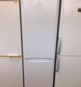 Холодильник двухкамерный Indesit. Full NoFrost