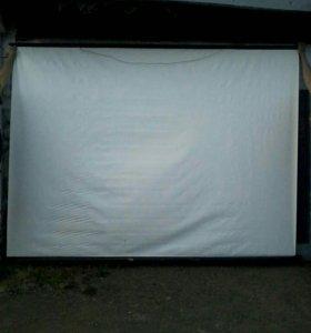 Экран для кино проектора