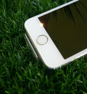 """iPhone 5s 16Gb """"Как новый"""" РосТест"""