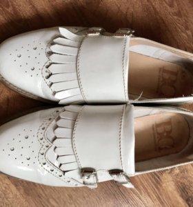 Ботиночки(мокасины,ботинки) женские