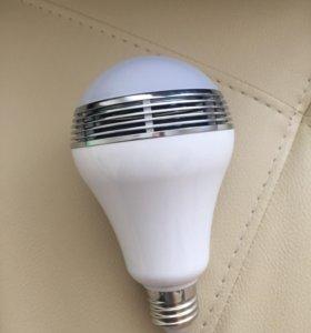 Умная лампочка с музыкой