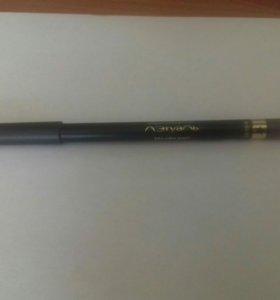 Коричневый карандаш