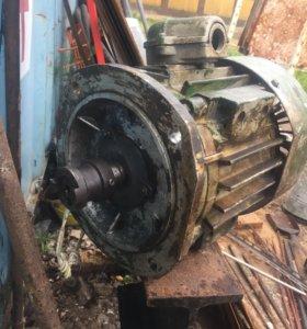 Электродвигатель 380в 1500 об/м