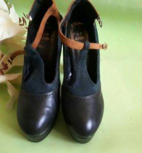 Туфли 36р-р новые