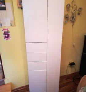 Шкаф пенал для комнаты или ванной