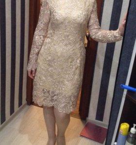 Коктельное платье кружевное