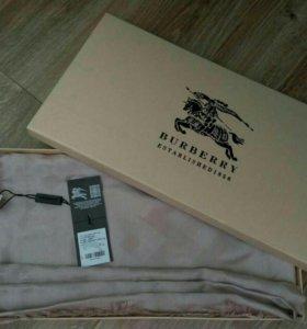 Burberry платок